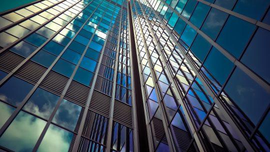 Conseils pour savoir identifier un bon vitrier dépanneur sur Paris 9